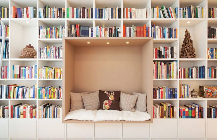 Amenagement Bibliotheque Maison 20 Exemples Modernes Qui Vont Enchanter Les Bibliophiles Amenagement Bibliotheque Bibliotheque Maison Decoration Bibliotheque