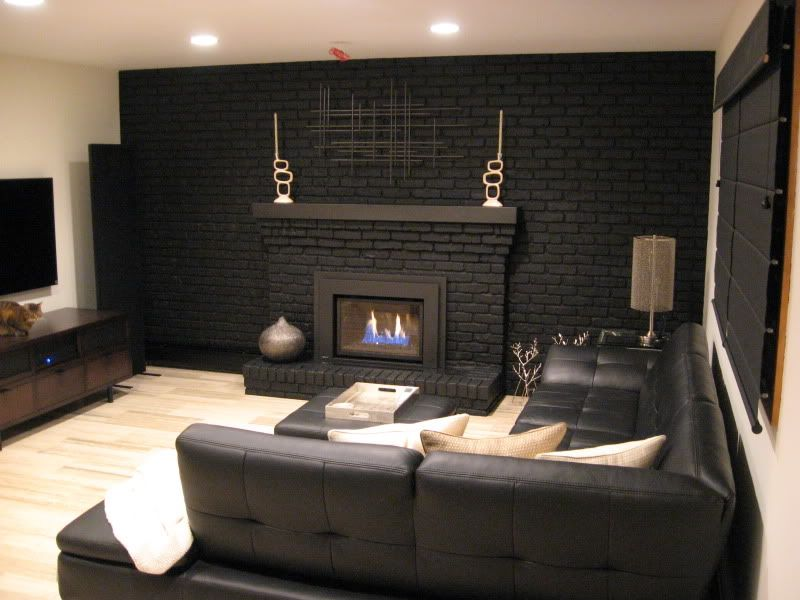 I M Going To Paint Our Fireplace Black Too Love This Look But What To Do About The Su Painted Brick Fireplaces Painted Brick Walls Brick Fireplace Remodel