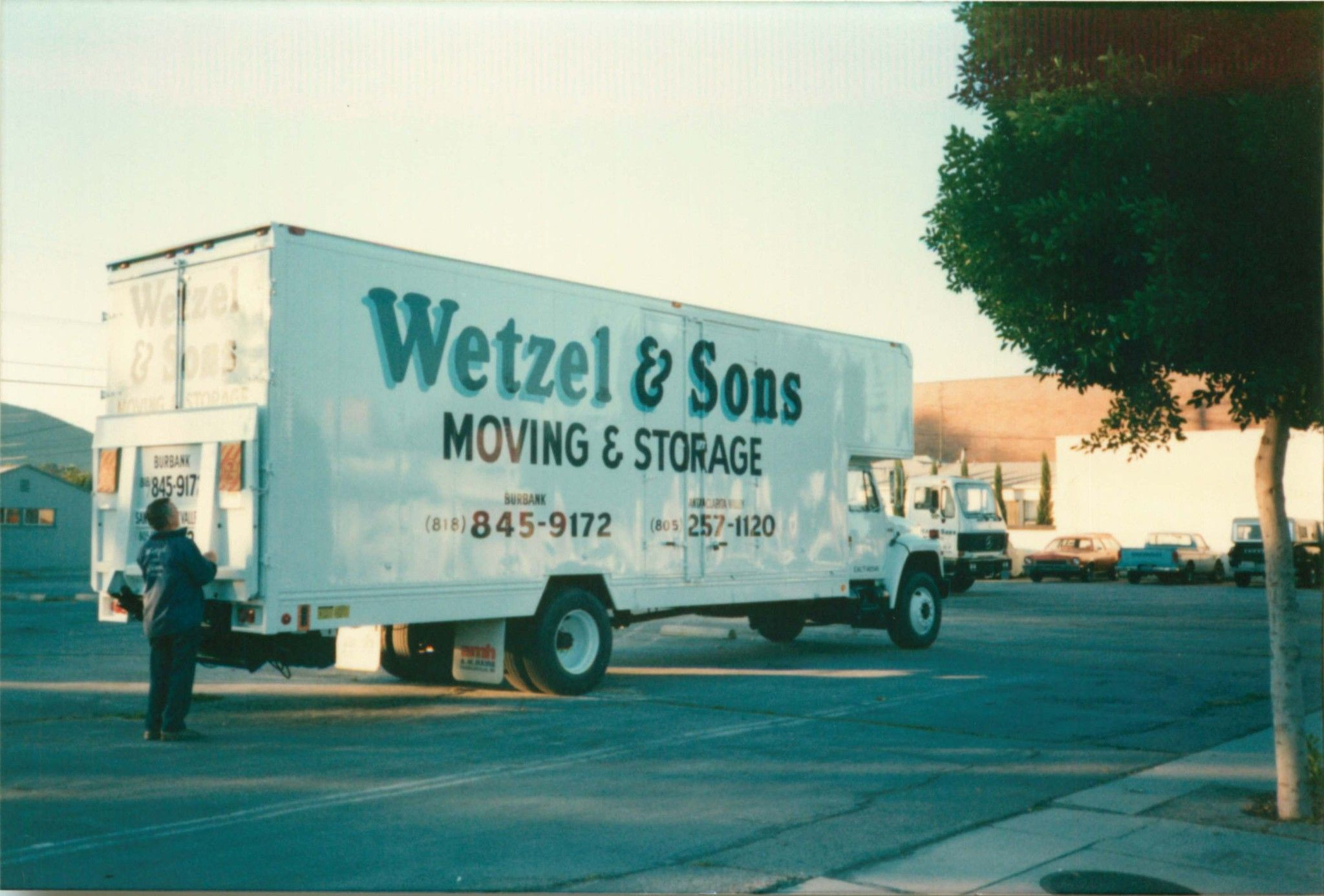 1986 International With A M Haire Movers Body Parked On The Corner Of Parish Pl And Magnolia Blvd In Burbank Ca Moving And Storage Movers Body