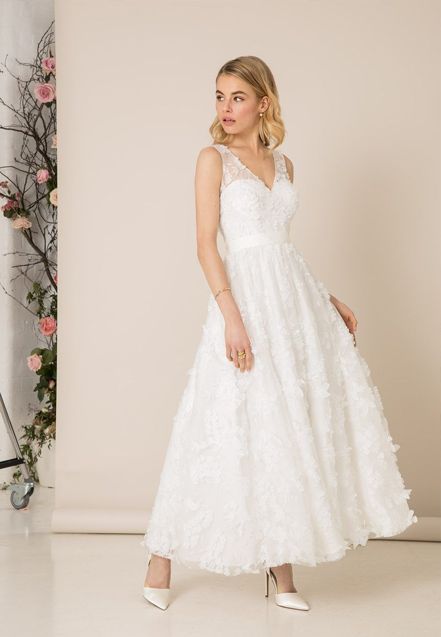 5 Wedding Dresses Under 1000 From The 2019 Kelsey Rose Collection