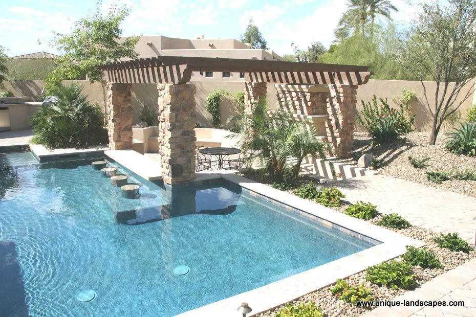 Swim up bars and swimming pools in phoenix az photo for Pool design with swim up bar