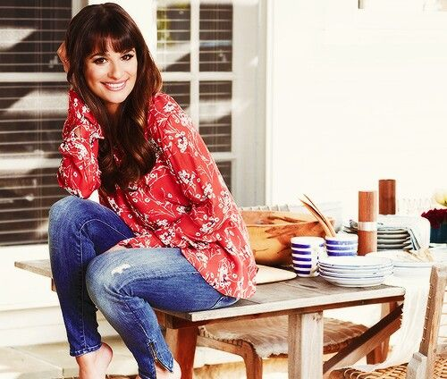 Lea Michele looks so sweet and her smile is wow