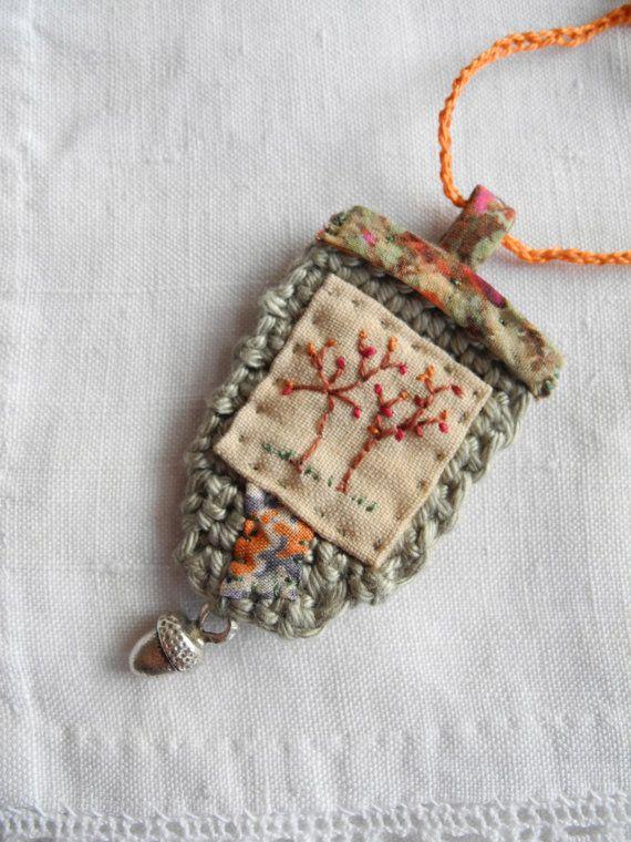 Embroidered tree, crochet, liberty fabric, necklace | Häkeln ...