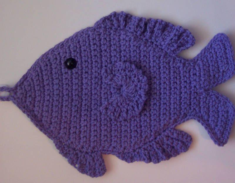 Crocheted Fish Kitchen Potholder Decoration | Häkeln Fische ...