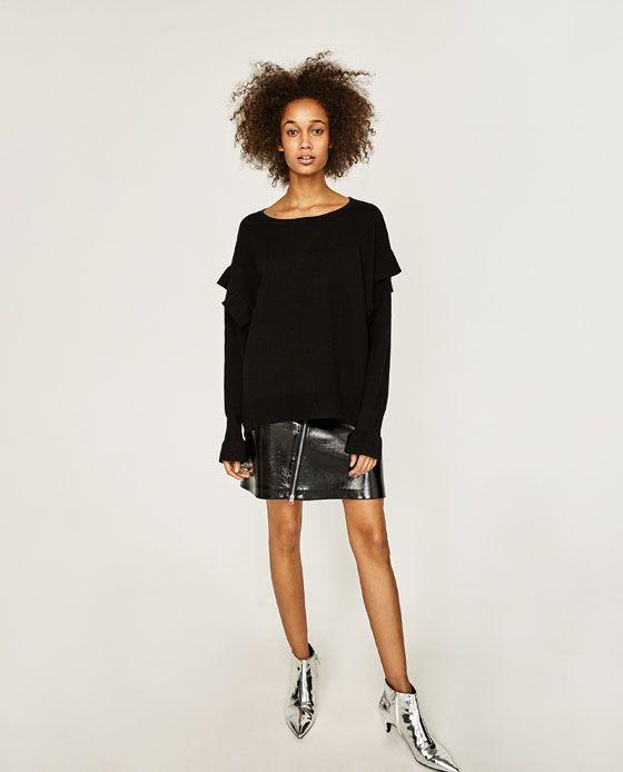 Image 1 of OVERSIZED FRILLED SWEATSHIRT from Zara