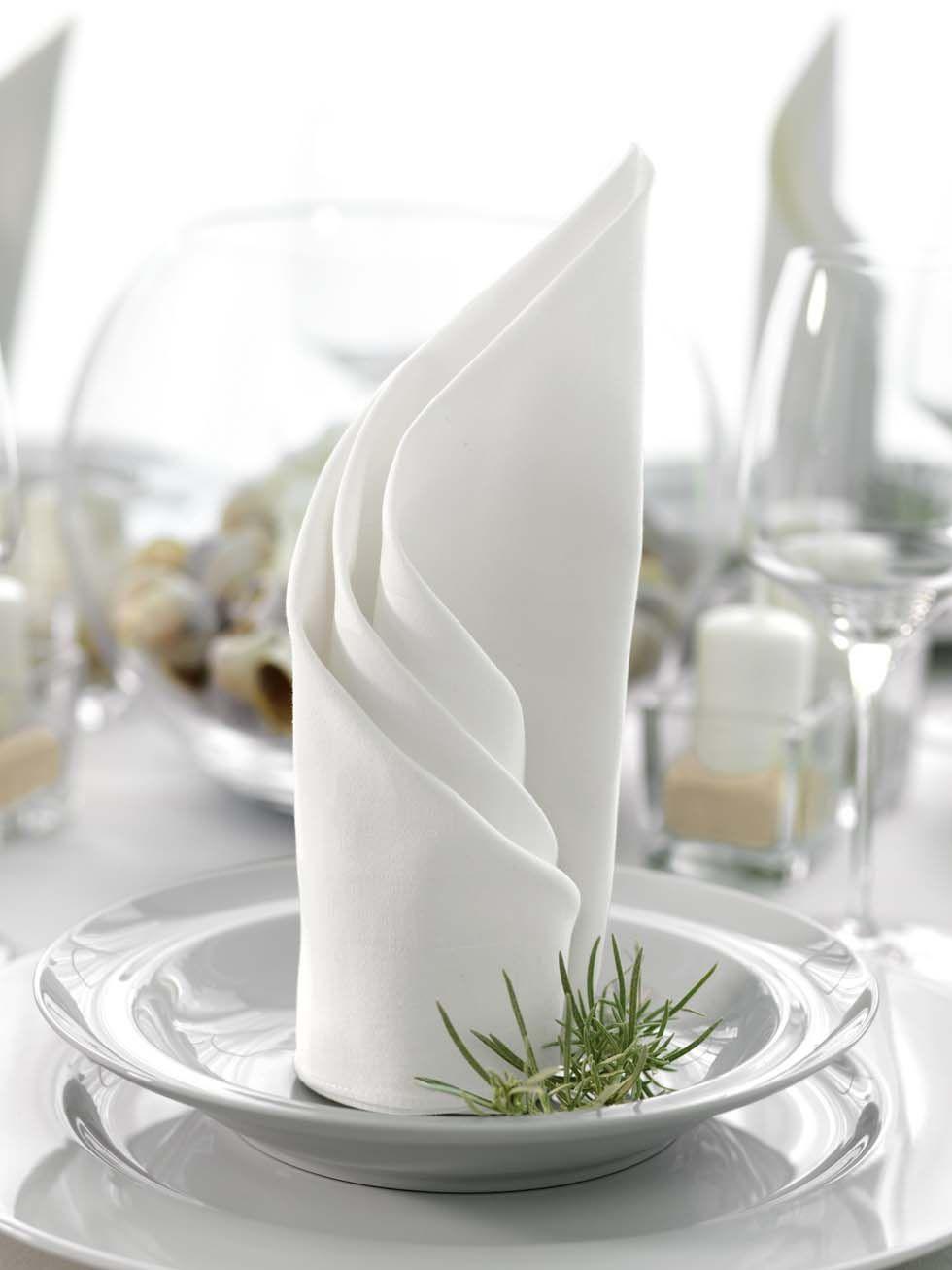 gedrehter f cher servietten pinterest servietten falten servietten und servietten falten. Black Bedroom Furniture Sets. Home Design Ideas