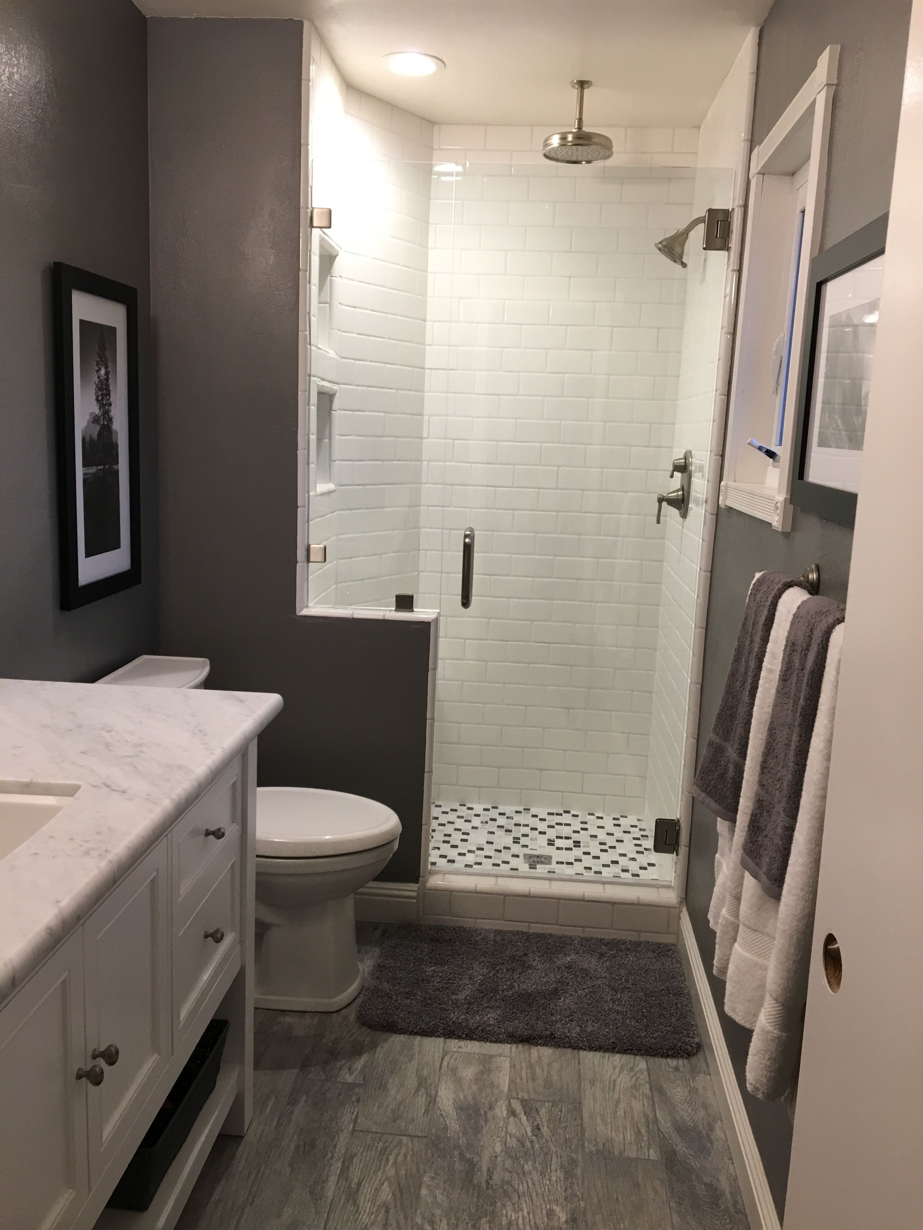 29 Gray And White Bathroom Tile Ideas And Pictures White Bathroom Tiles Gray And White Bathroom Budget Bathroom Remodel