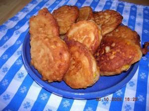 SOUTHERN GOLDEN COUNTRY CORN FRITTERS
