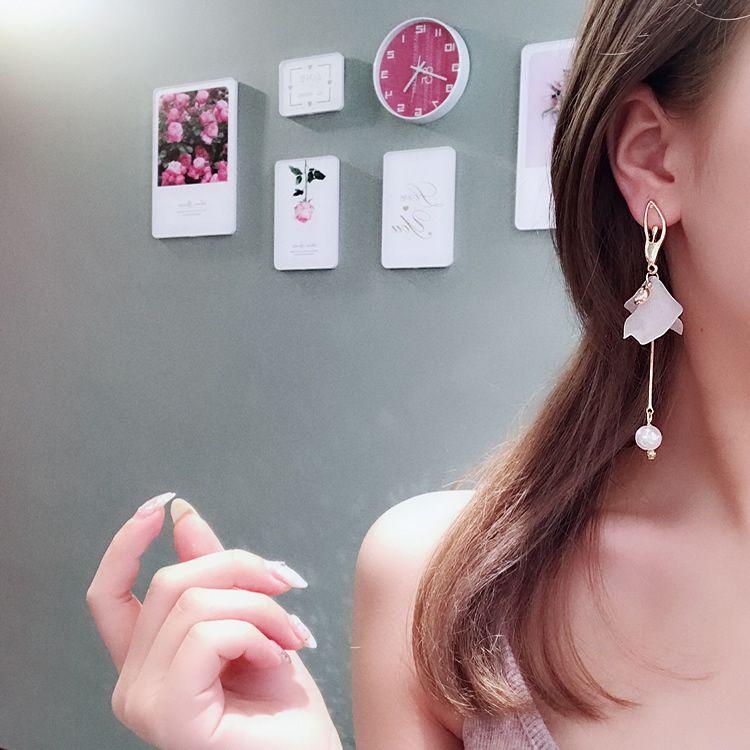 バレエガールイヤリング チェーン 揺れる 結婚式 カジュアル 小物 ファッション雑貨 ギフト 大人 レディース ピアス Drop Earrings Earrings Jewelry