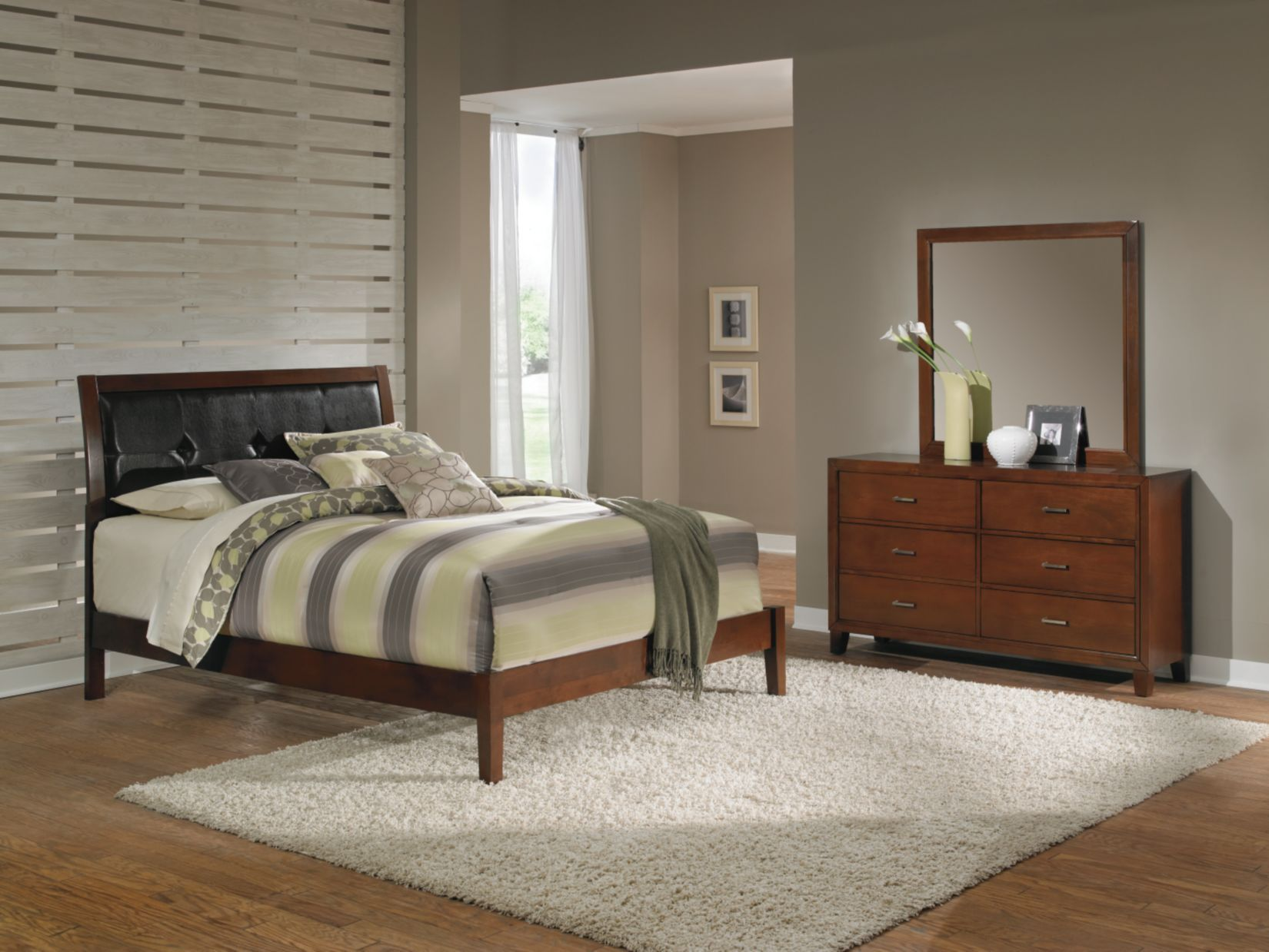 Melrose Bedroom Package Value City Furniture Mine Will Come With A Chest And Two Night Stand Furniture Bedroom Furniture Sets