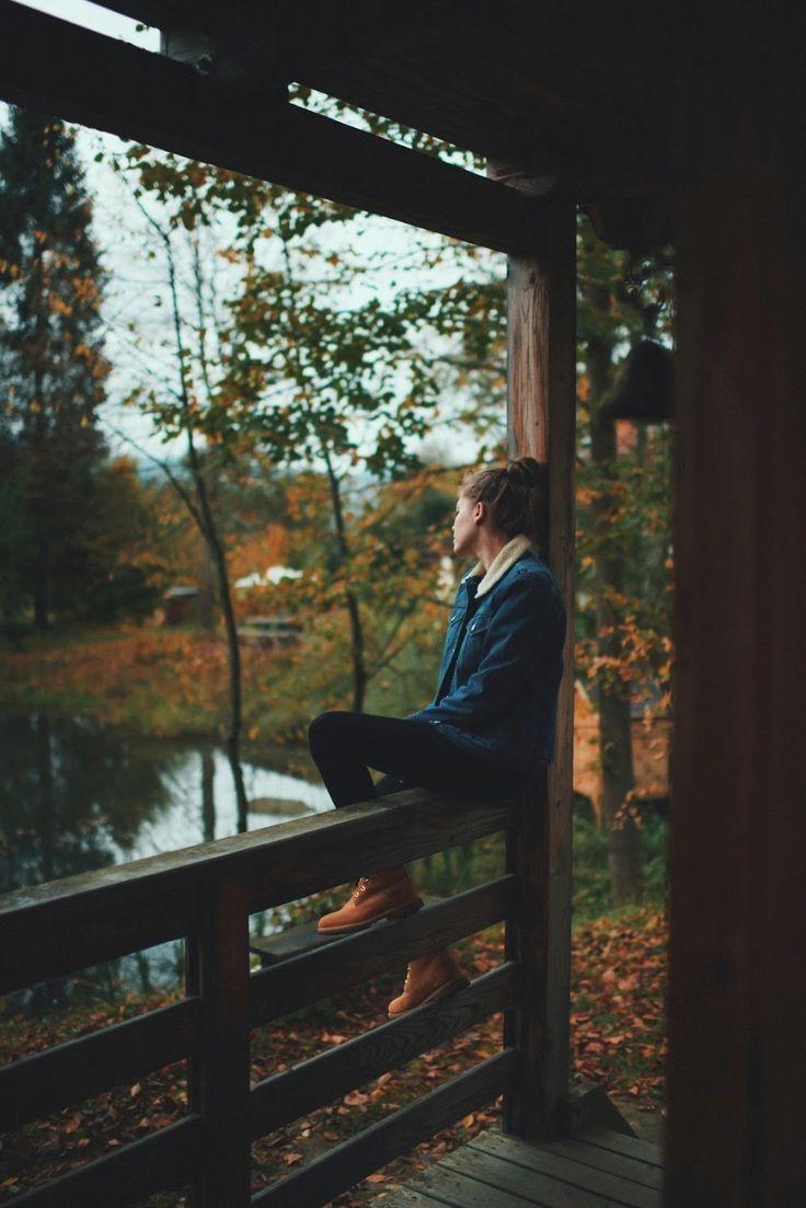 Wir Menschen sind sehr seltsame Wesen. Um zu zeigen, dass wir unten sind ... - #fotografieideen #autumnphotography