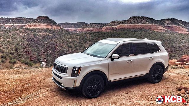 """The Korean Car Blog on Instagram: """"On the road to Telluride, CO! We had to stop for some beautiful backgrounds. #KiaTelluride Check all the pictures at TheKCB.com F.O.L.L.O.W…"""""""