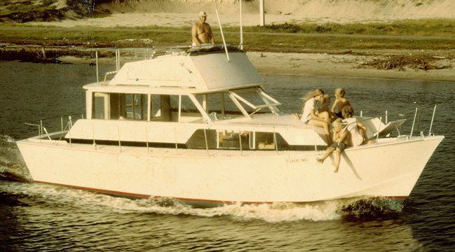 36' Sorrento cabin cruiser plans from Glen L. Plywood over wood frame, fiberglass skin...... I ...
