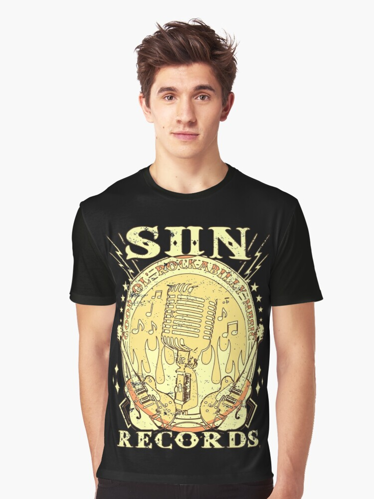 'Sun Records Guitar RockandRoll 1952' T-Shirt by RS-Customstylez #rockandrolloutfits
