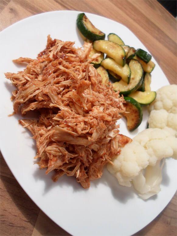 Pulled Chicken mit gemischtem Röstgemüse #healthycrockpotchickenrecipes