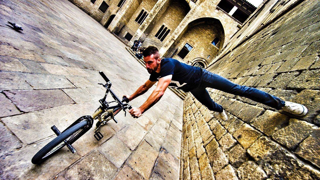 Bike Parkour 2 0 Streets Of Barcelona Devinsupertramp