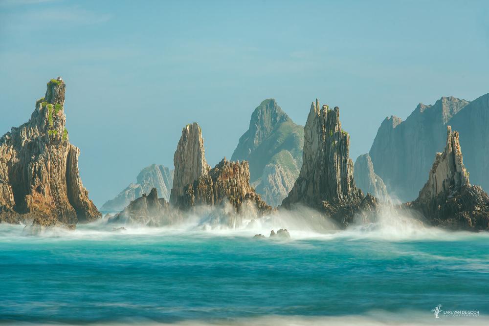Rocky Shore Gueirua Spain By Lars Van De Goor 500px Cool Landscapes Ocean Photography Goor