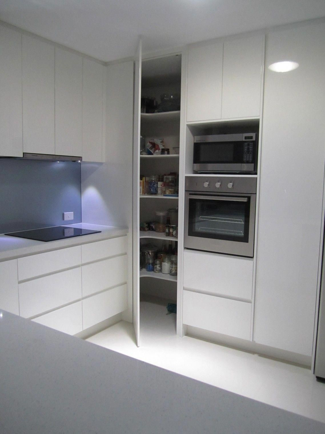 5 Reasons Why Modular Kitchen Designs Are The Latest Trend In Home Decor Home Dekor 5 In 2020 Modular Kitchen Cabinets Modern Kitchen Cabinet Design Kitchen Layout