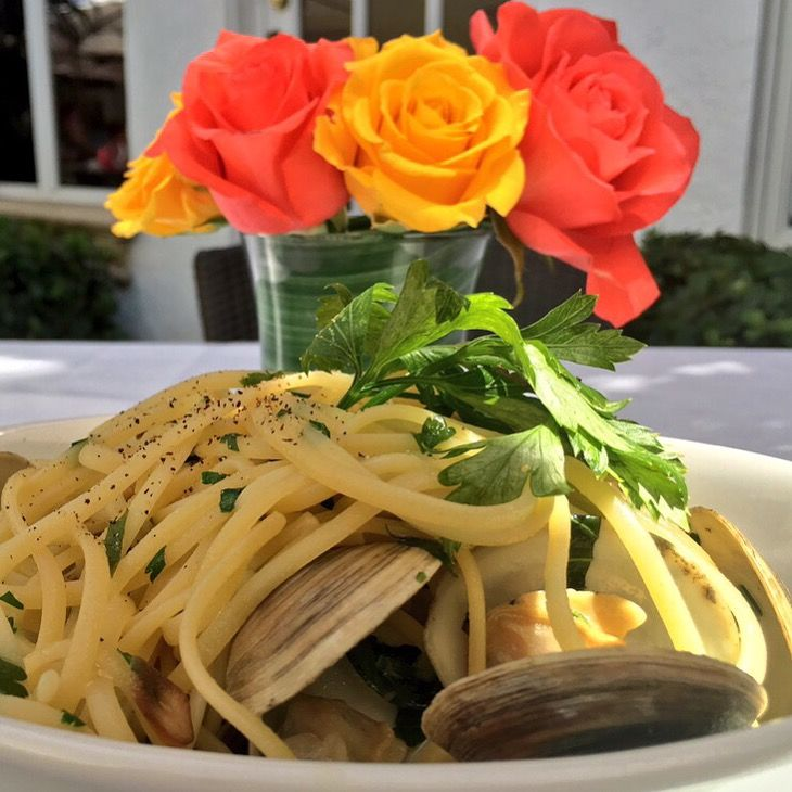 Renato's Palm Beach, Linguini alle Vongole, elegant al fresco dining, reminiscent of Capri!