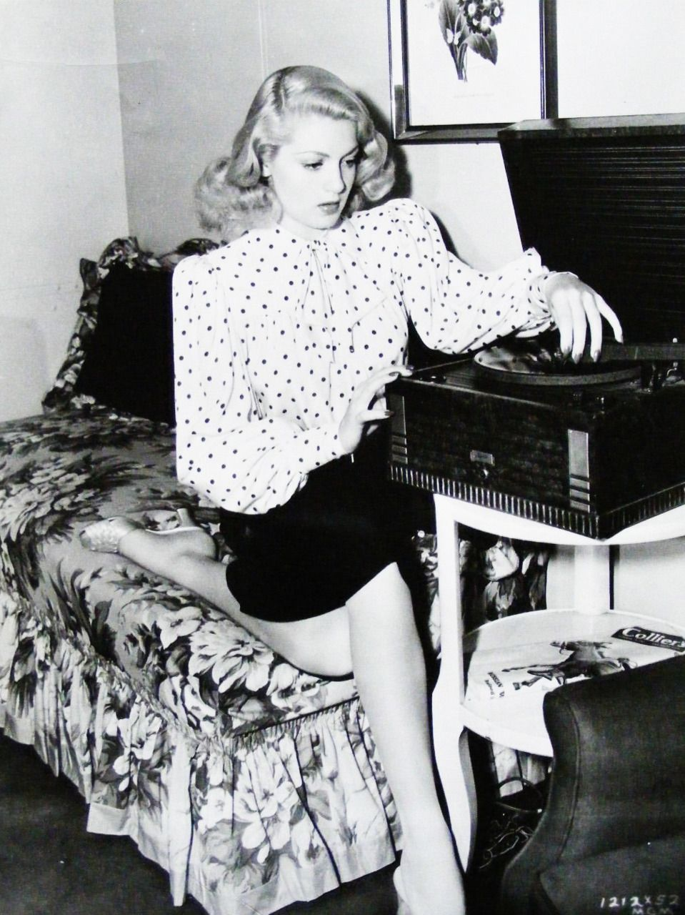 Lana Turner Playing A Record 1940s Record Player ビニール
