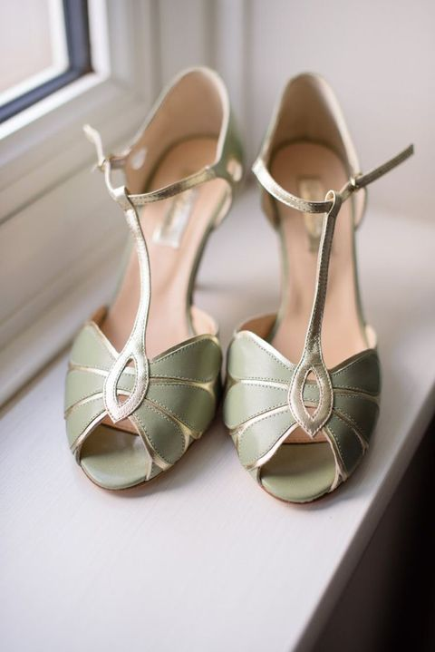 32 Chic Art Deco Wedding Shoes Ideas To Rock Art Deco Wedding Shoes Vintage Shoes Wedding Shoes Vintage