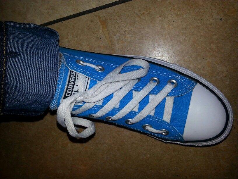 New way to tie converse. Per my daughter Daria