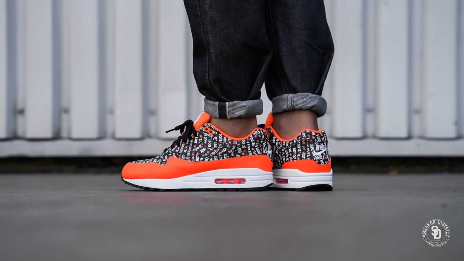 best loved 1312d 999e7 Pin by The Sole Supplier on Exclusive New Releases   Nike, Nike air max, Air  max 1
