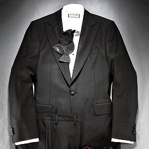What to wear no matter where you go for the holidays sharp mens holiday attire holiday party if the invite says black tie its stopboris Gallery