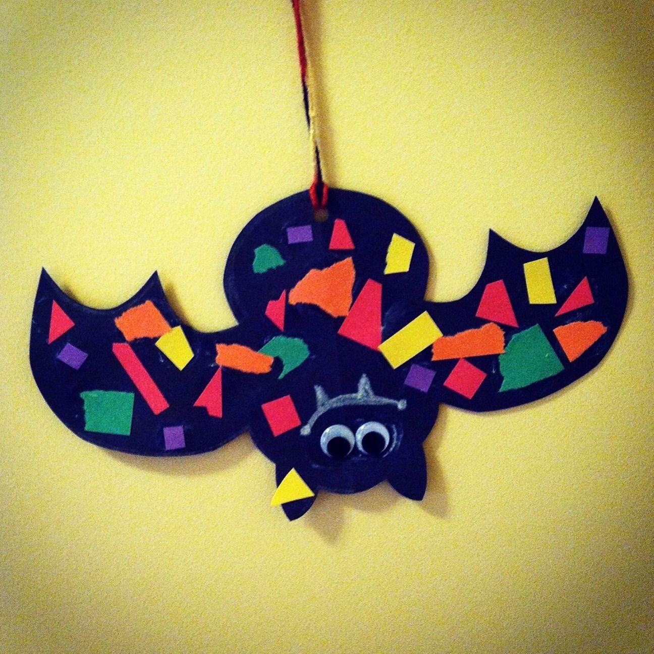 Friendly bats black construction paper paper glue and glue sticks friendly bats halloween for kidshalloween crafts jeuxipadfo Choice Image
