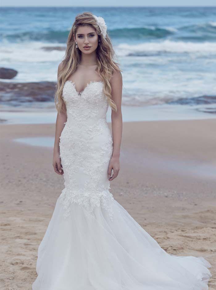 Heart Of The Ocean A Beach Wedding Dress Bridal Fashion Editorial