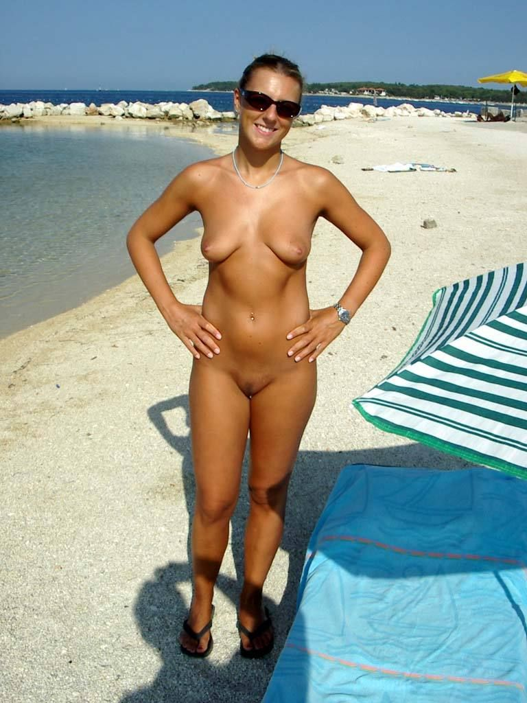 Naked amateur posts