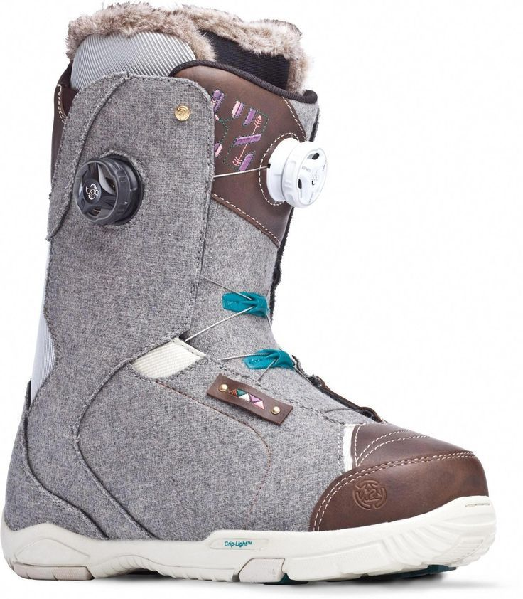 The highend K2 Contour womens boots feature the Boa Conda line The highend K2 Contour womens boots feature the Boa Conda line Snowboard
