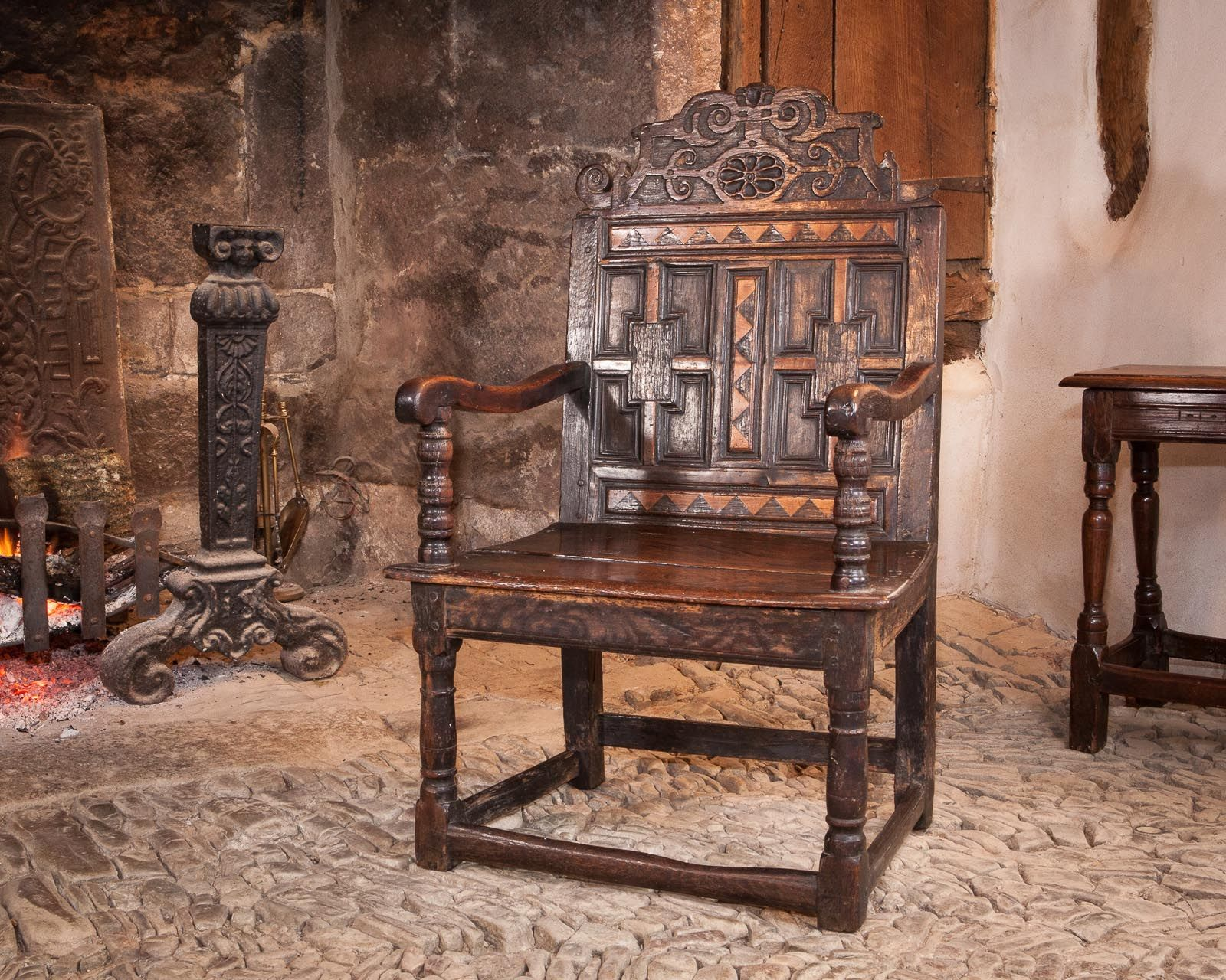 Chaise Medieval Rare Late 16th Century Oak And Inlaid Scottish Armchair