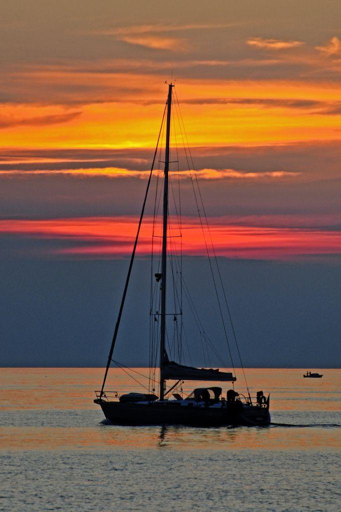 Croatia - Istria - Umag - Sunset yacht (by Darrell...