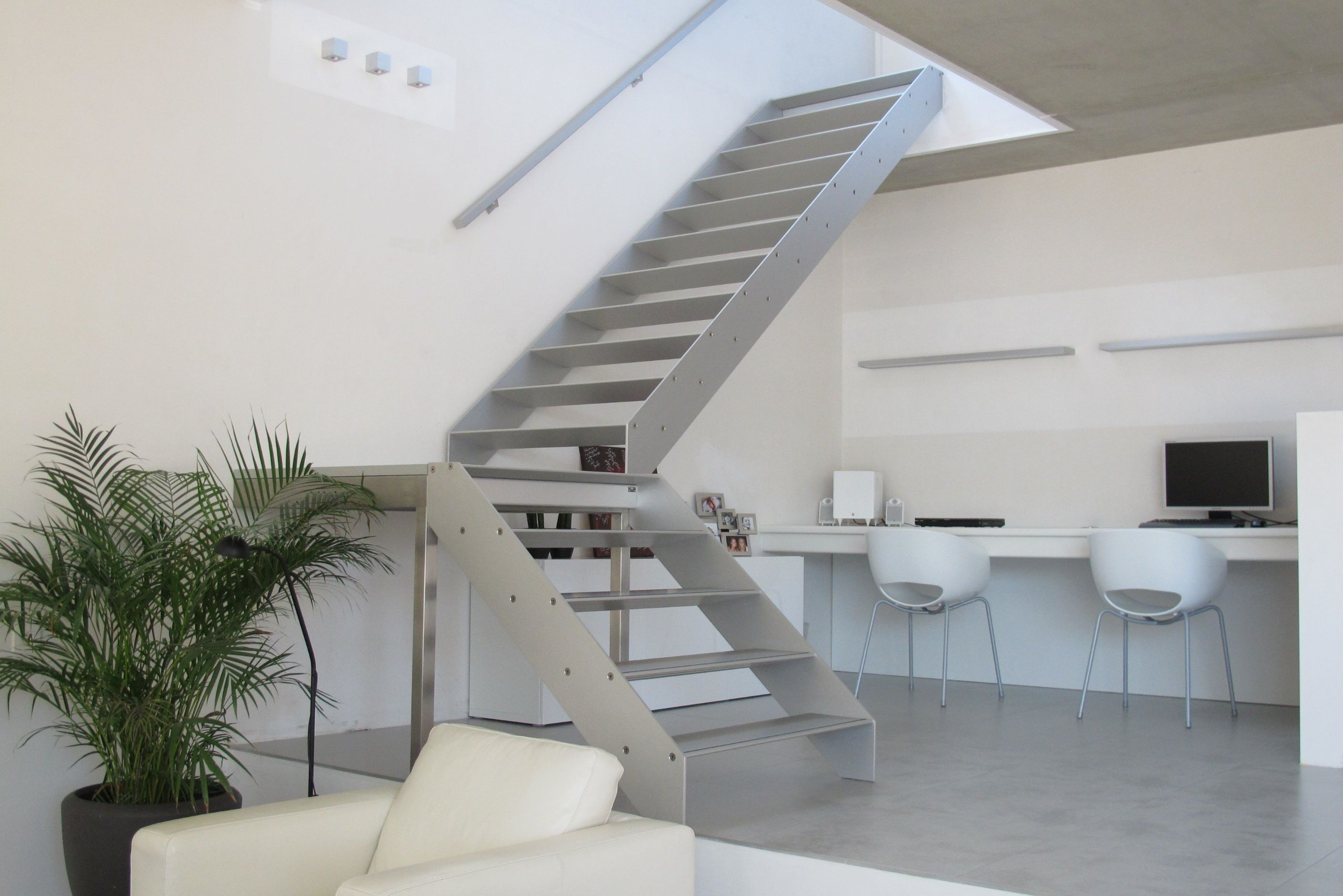 Concorde design staircase aluminium stairs avc for Escalier interieur design