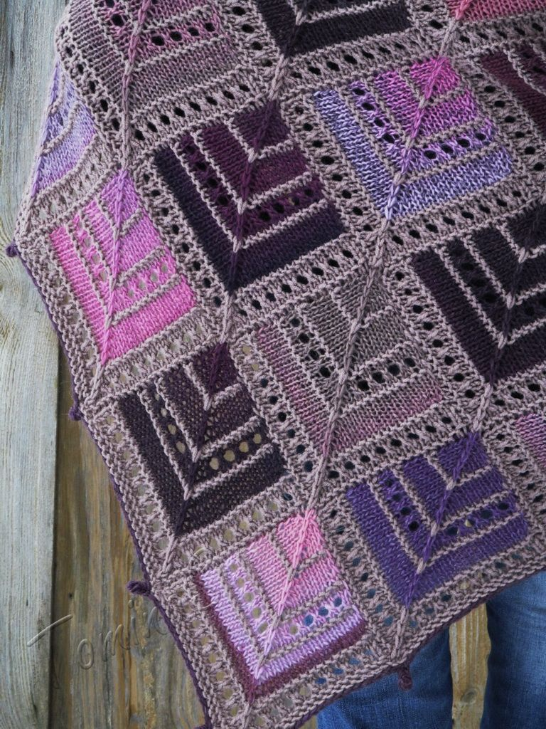 """Flowering Desert"" (knitted shawl, wrap, knitting lace, wool shawl, modular squares, patchwork, stained-glass)"