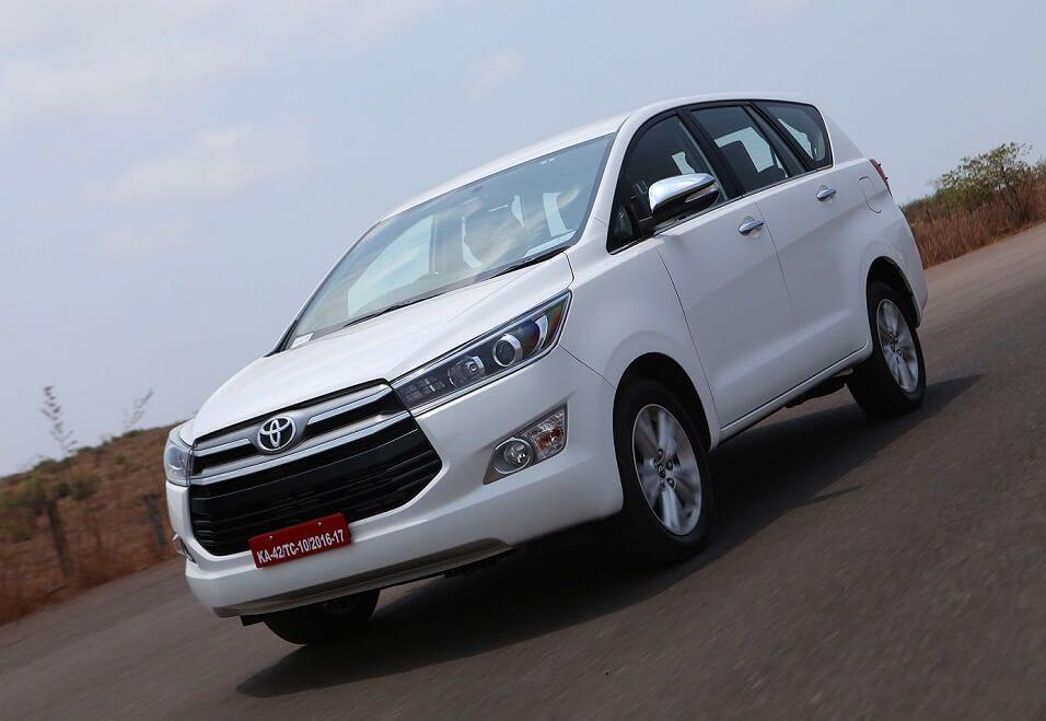 Toyota Innova Crysta India In 2020 Toyota Innova Toyota Car Model