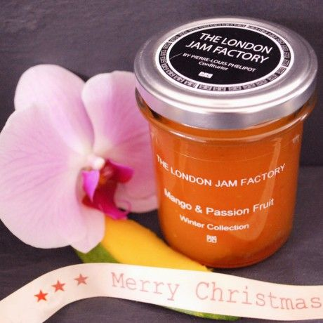 The London Jam Factory Gift Set - A luxurious box of homemade, quality #artisan jams made with real fruit, love and care | Yumbles.com #HomemadeJam #ChristmasGifts