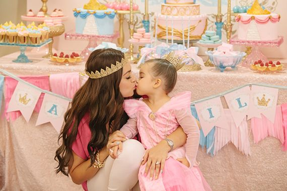 The Ultimate Princess Party From Minted And Vintage