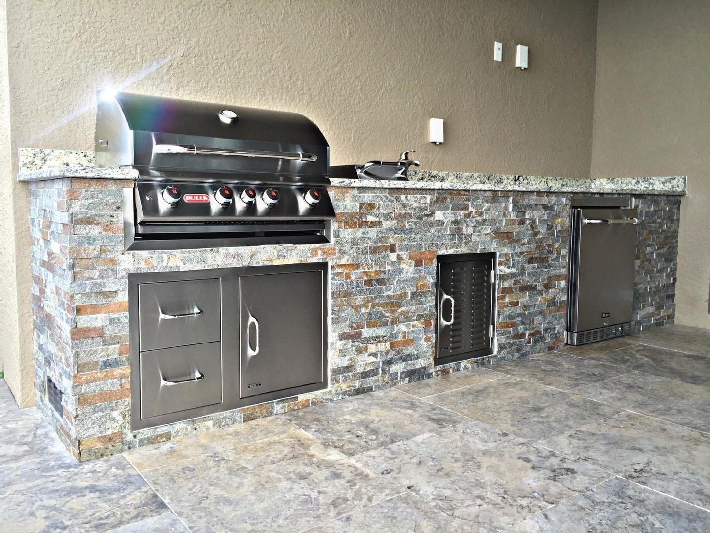 Summer Outdoor Kitchen Corkscrew Shores In Estero Outdoor Kitchen Summer Outdoor Outdoor Living Space