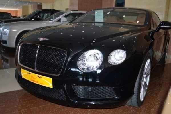 carkii car for sale bentley continental gt 2014 used 0 km in dubai rh pinterest com
