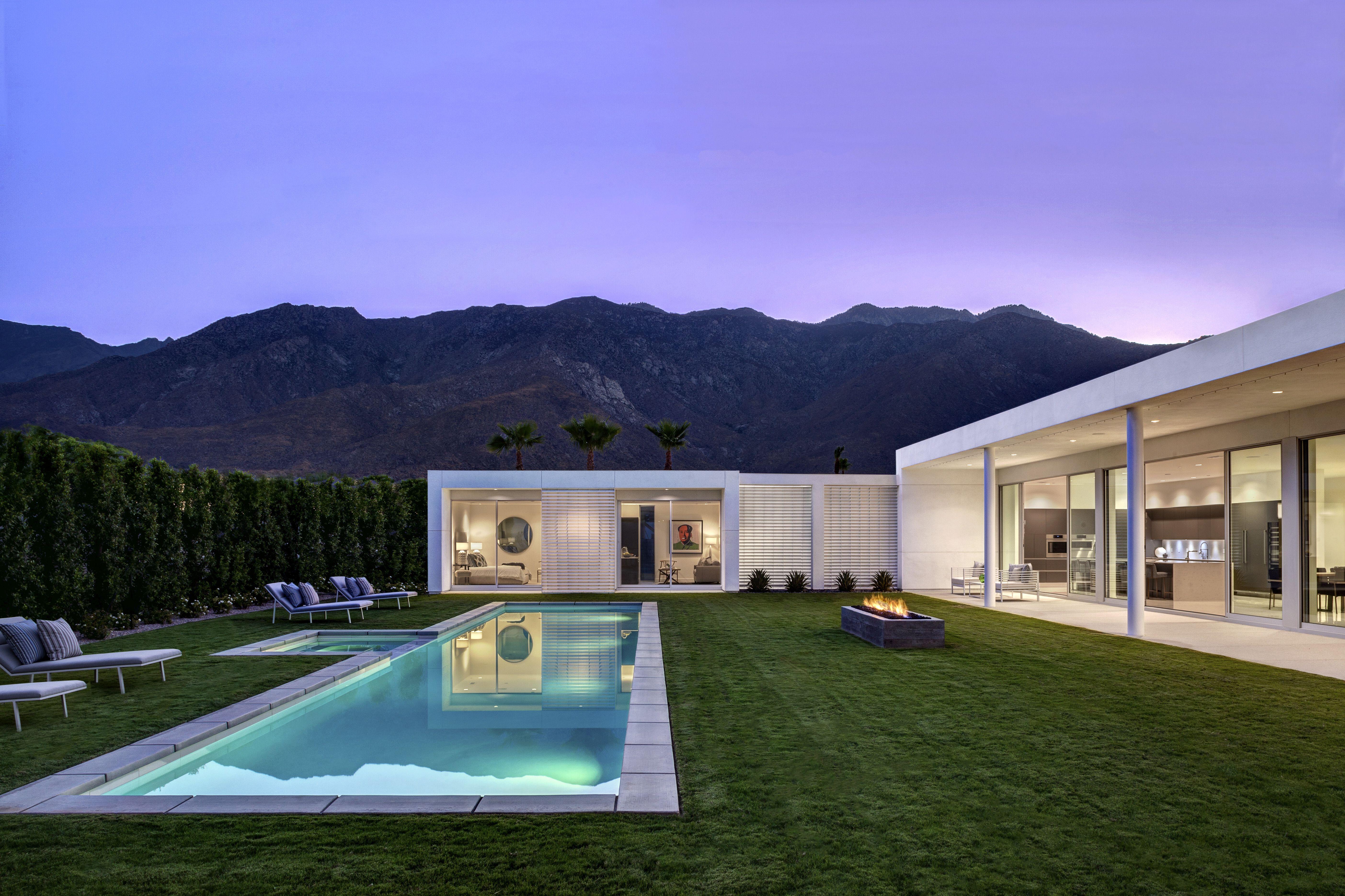Location Palm Springs California Amongst Palm