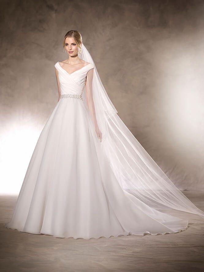 vestido de novia escote en pico hajar | vestidos novia | pinterest