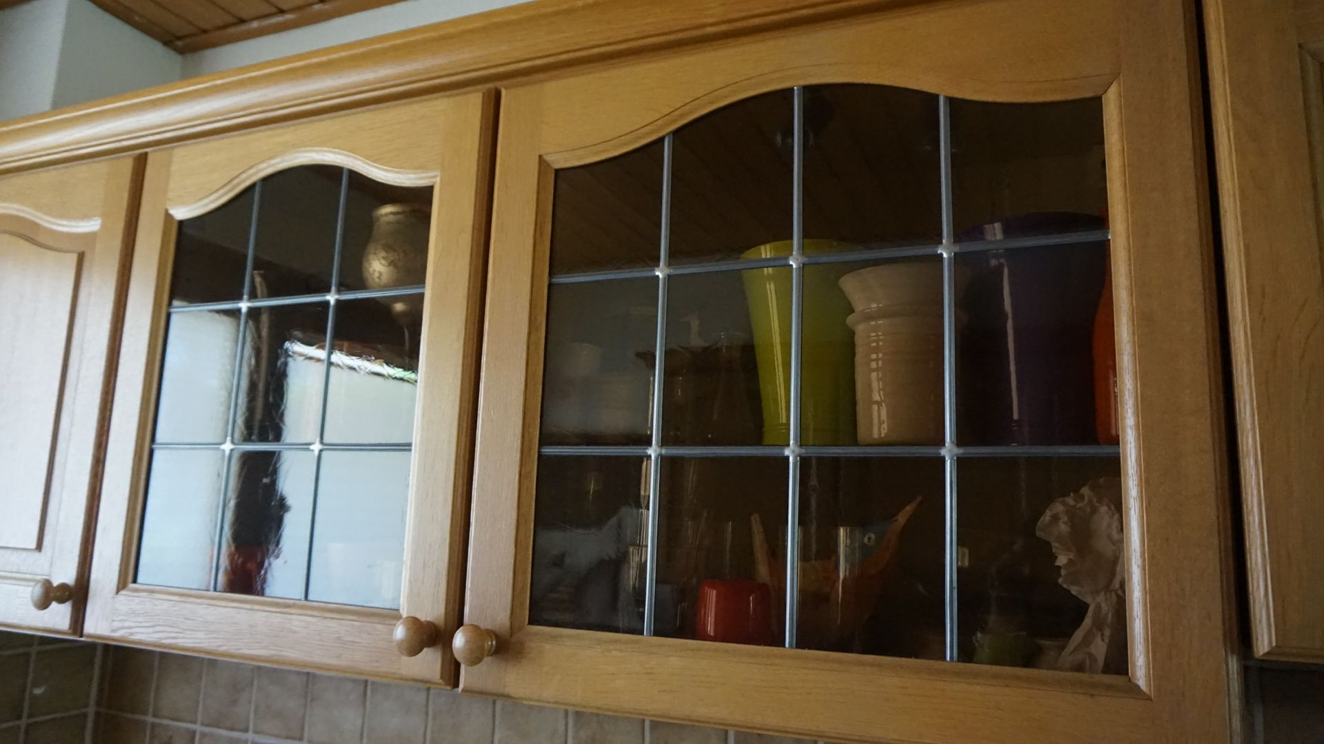 Küchenrückwand streichen ~ Küchenrückwand redesign büroküche küchenrückwand