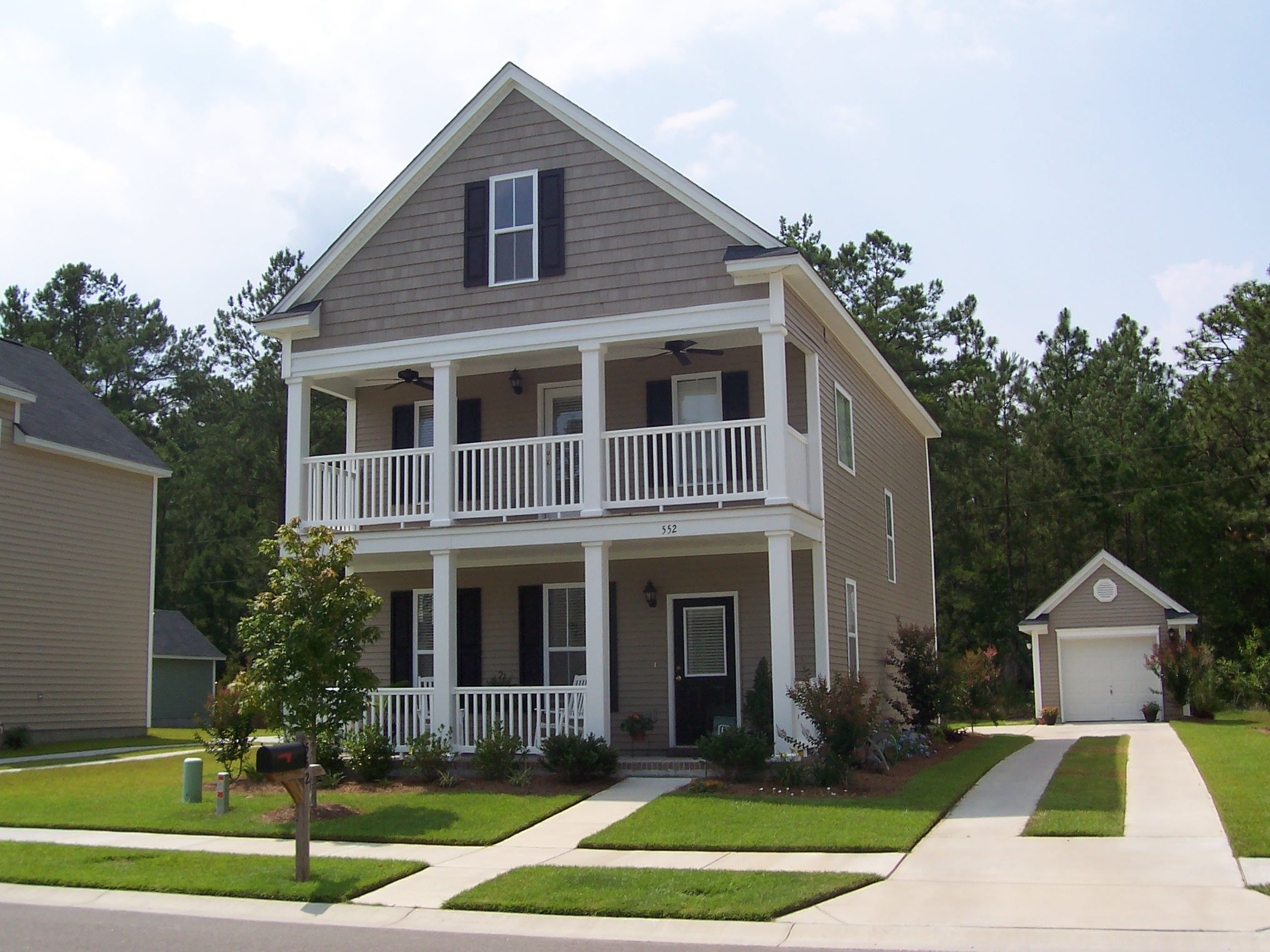Exterior Of Homes Designs | House paint color combination ...