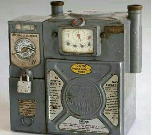 Anybody Got A Bob For The Gas Meter Childhood Memories 70s My Childhood Memories Memories