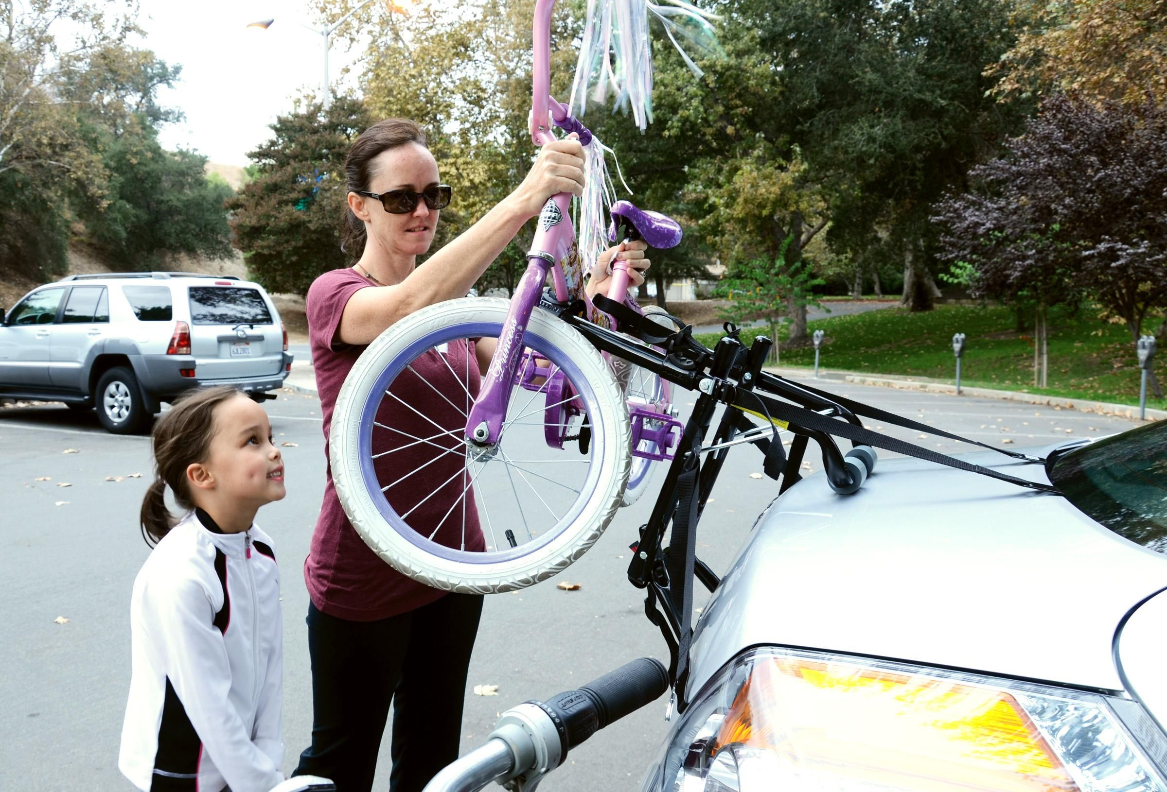 Amazon Com Allen Sports Deluxe 2 Bike Trunk Mount Rack