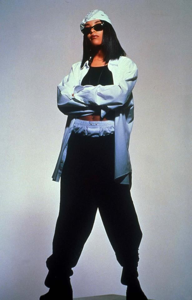 Aaliyah Singer Outfits