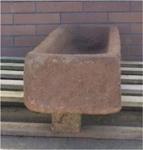 antiker schweinetrog futtertrog steintrog stein antik krippe trog in hessen waldbrunn. Black Bedroom Furniture Sets. Home Design Ideas
