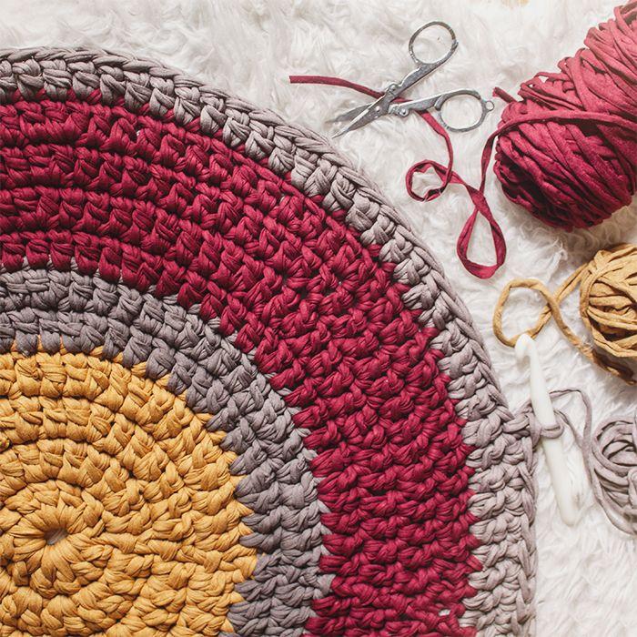 Alfombra redonda de trapillo en tonos c lidos trapillo ganchillo ganchillo - Tutorial alfombra trapillo ...